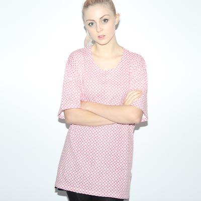 T Pattern Women's Oversized T-shirt